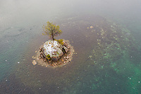 https://Duncan.co/small-island-with-one-tree-02