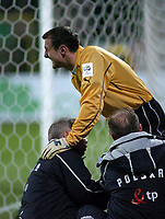 Photo. PIOTR HAWALEJ/Digitalsport<br /> Poland v Northern Ireland<br /> 30/03/2005<br /> 2006 World Cup Qualifier<br /> Poland's Jerzy Dudek isd helped by doctors during the injury