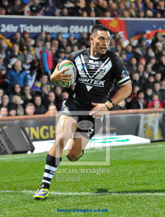 Picture by Richard Land/Focus Images Ltd +44 7713 507003<br /> 08/11/2013<br /> Dean Whare of New Zealand races in to score during the Rugby League World Cup 2013 match at Headingley Carnegie Stadium, Leeds.