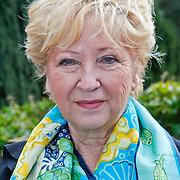 NLD/Baarn/20110124 - Perspresentatie Wie Kiest Tatjana, moeder Branka Simic