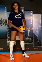 22-05-2015 NED: Persconferentie Nederlands Volleybalteam vrouwen 2015, Arnhem<br /> Persconferentie Nederlandse Volleybal team vrouwen op Papendal / Celeste Plak