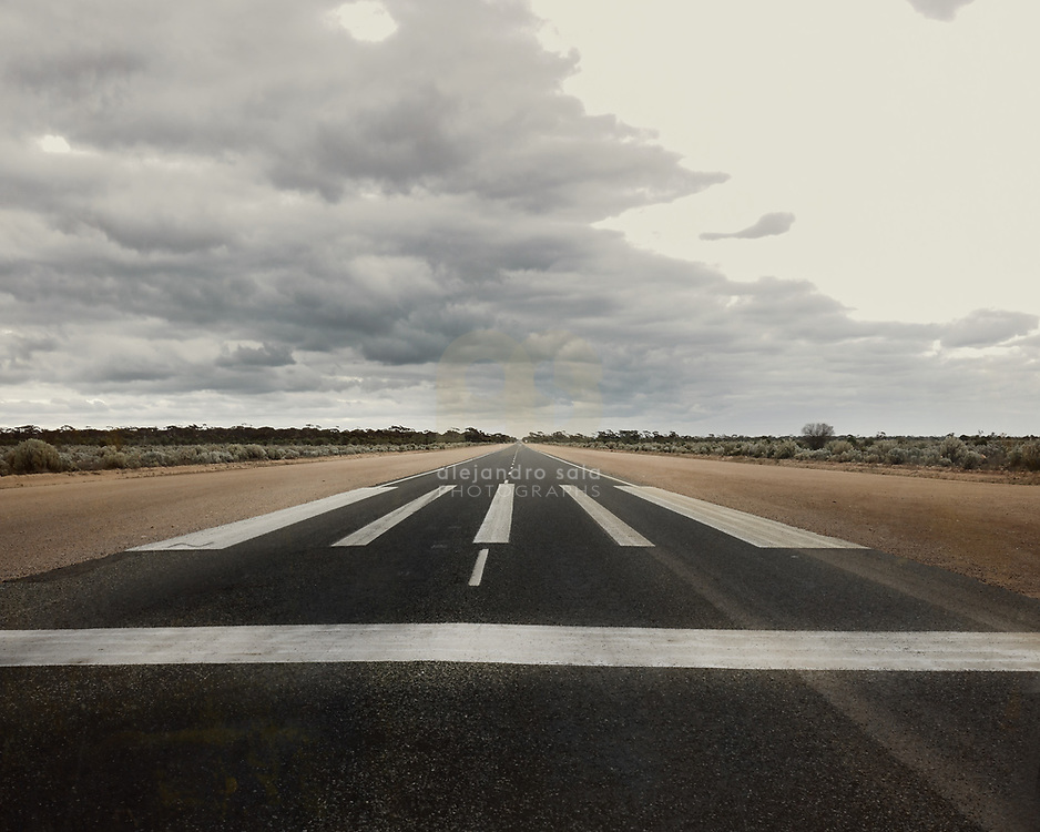 Landing strip (WA), Australia, 2017