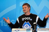Molde 10012011. Ole Gunnar Solskjær, manger i Molde FK, intervjues under sin første arbeidsdag i Molde mandag ettermiddag.<br /> Foto: Svein Ove Ekornesvåg