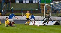 Cowdenbeath's John Armstrong (5) scoring their first goal..half time : Falkirk v Cowdenbeath, 9/2/2013..©Michael Schofield.