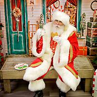 { Santa at Batter Up Bakery! }