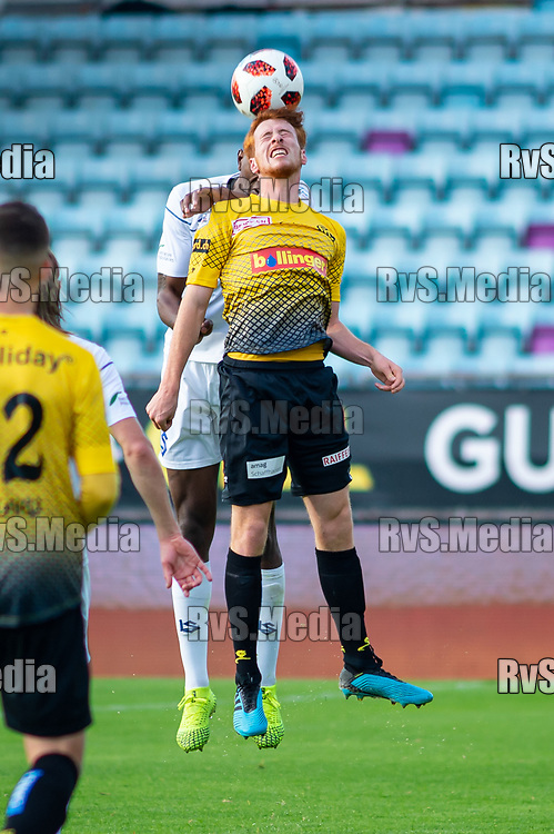 LAUSANNE, SWITZERLAND - NOVEMBER 10: #6 Serge Muller of FC Schaffhausen battles for the ball with #6 Elton Monteiro of FC Lausanne-Sport during the Challenge League game between FC Lausanne-Sport and FC Schaffhausen at Stade Olympique de la Pontaise on November 10, 2019 in Lausanne, Switzerland. (Photo by Monika Majer/RvS.Media)