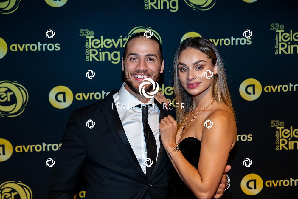 AMSTERDAM - In AFAS Live is de jaarlijkse Gouden Televizier Ring Gala weer gehouden. Met hier Juvat Westendorp met partner Kimberly Maasdamme op de rode loper. FOTO LEVIN DEN BOER - PERSFOTO.NU