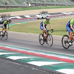 27-09-2020: wielrennen: WK weg mannen: Imola<br /> Jan Tratnik, Tadei Pogacar27-09-2020: wielrennen: WK weg mannen: Imola