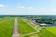 Nederland, Gelderland, Gemeente Voorst, 13-05-2019; Teuge International Airport, vliegveld voor de burgerluchtvaart. RWY 08-26, runway (starbaan, landingsbaan) meet  1199 meter.<br /> Teuge International Airport (ICAO: EHTE), civil aviation airport.<br /> <br /> aerial photo (additional fee required); luchtfoto (toeslag op standard tarieven); copyright foto/photo Siebe Swart