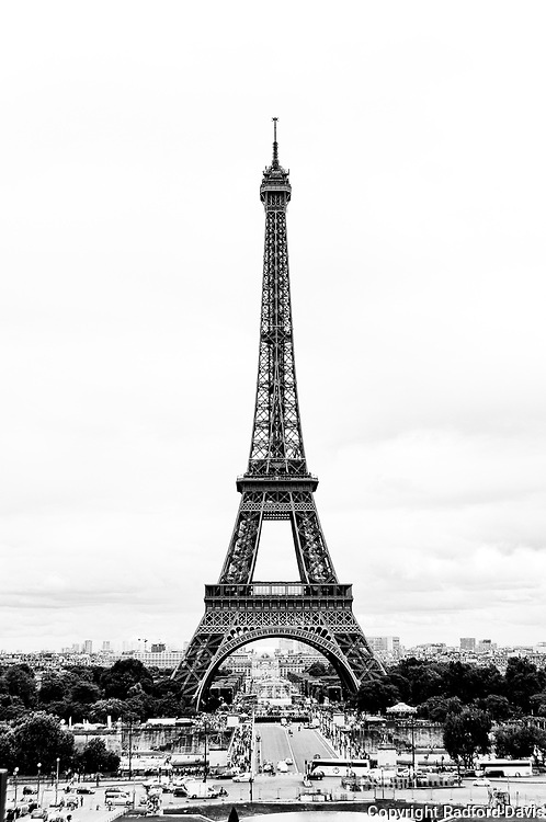 Eiffel Tower, Paris, France, black and white