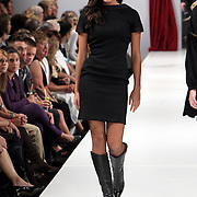 NLD/Amsterdam/20080901 - Modeshow Jos van Raak 2008, Elize
