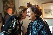 GLENDA BAILEY; SUZY MENKES, Glenda Bailey's Bazaar Greatest Hits book party. Savile Club. Brook St. London. 18 September 2011. <br /> <br />  , -DO NOT ARCHIVE-© Copyright Photograph by Dafydd Jones. 248 Clapham Rd. London SW9 0PZ. Tel 0207 820 0771. www.dafjones.com.