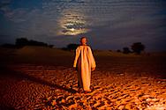 camel driver camp in Erg Ouarane , desert of sand and dunes , in Adrar mountain      .///.campement des chameliers. Erg Ouarane ,desert de sable et dunes, plateau de l Adrar  .//.L0055705