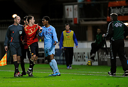 17-11-2009 VOETBAL: JONG ORANJE - JONG SPANJE: ROTTERDAM<br /> Nederland wint met 2-1 van Spanje / Opstootje Leroy Fer en Adrian Lopez<br /> ©2009-WWW.FOTOHOOGENDOORN.NL