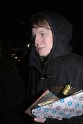 Roger Hjorns, Martin Kippenberger, Tate Modern. 7 Febriuary 2006. -DO NOT ARCHIVE-© Copyright Photograph by Dafydd Jones 66 Stockwell Park Rd. London SW9 0DA Tel 020 7733 0108 www.dafjones.com