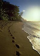 Hideaway Beach, Sunset, Hanalei Bay, Kauai, Hawaii, USA<br />