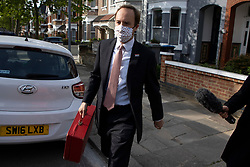 © Licensed to London News Pictures. 28/05/2021. London, UK. Secretary of State for Health and Social Care Matt Hancock departs his London home. Earlier this week Dominic Cummings, the former chief adviser to British Prime Minister, was highly critical of the Health Secretary as he gave evidence to Parliament about the government's handling of the coronavirus pandemic .  Photo credit: George Cracknell Wright/LNP