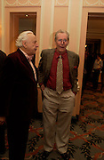 Sir Peregrine Worsthorne  and Peter O'Toole. The Oldie Of The Year Awards,  Simpsons in the Strand, London. 22 March 2005. ONE TIME USE ONLY - DO NOT ARCHIVE  © Copyright Photograph by Dafydd Jones 66 Stockwell Park Rd. London SW9 0DA Tel 020 7733 0108 www.dafjones.com