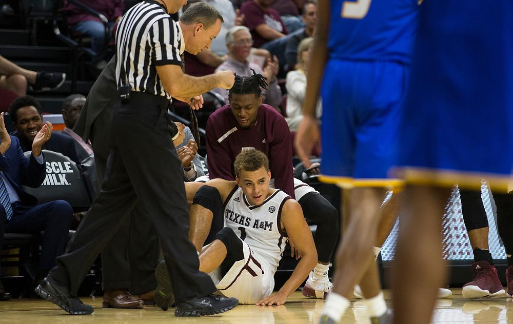 UC Santa Barbara vs. Texas A&M NCAA men's basketball game Friday, Nov. 17, 2017, in College Station, Texas.