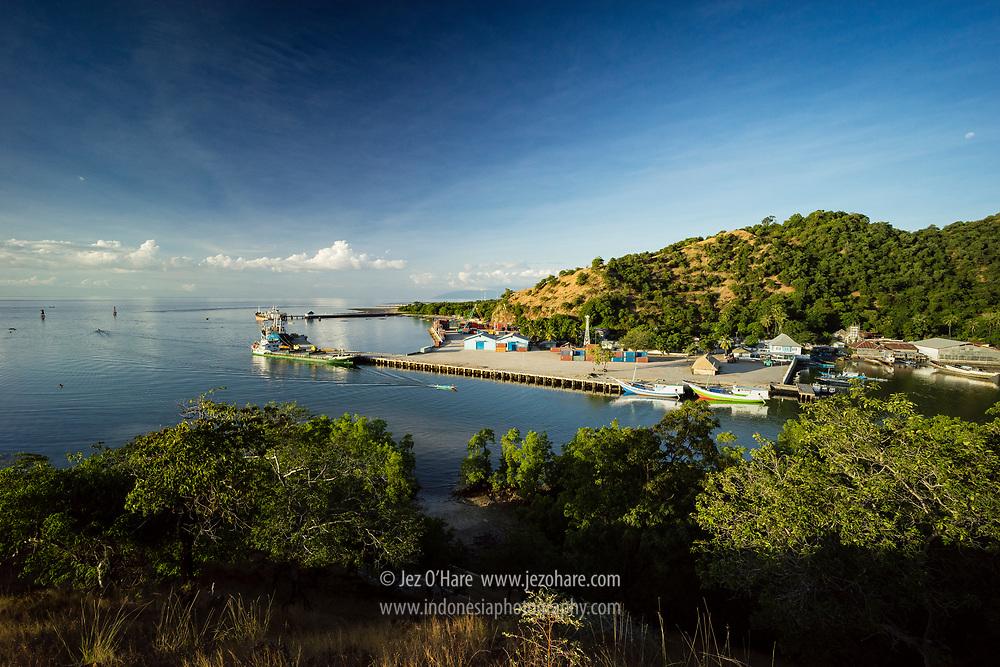 Atapupu, pelabuhan Atambua, Kabupaten Belu, Pulau Timor, Nusa Tenggara Timur, Indonesia.
