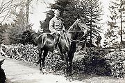 soldier on horse posing for a picture France 1910s