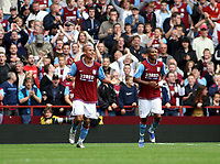 Photo: Mark Stephenson.<br /> Aston Villa v Everton. The FA Barclays Premiership. 23/09/2007.Villa's Gabriel Agbonlahor (L) celebrates his goal