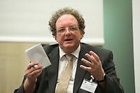 06 NOV 2012, BERLIN/GERMANY:<br /> Olaf Zimmermann, Geschaeftsfurhrer des Deutschen Kulturrates, enGAGE! Auftaktveranstaltung, Berlin-Brandenburgische Akademie der Wissenschaften<br /> IMAGE: 20121106-01-174