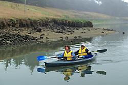 Claudia Willhoff & Lucie Easley Kayaking
