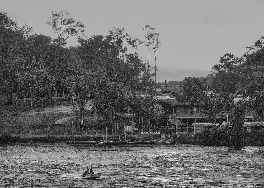 Camopi, Guyane, 2015.<br /> <br /> Camp du 3eme REI de la Légion étrangère.