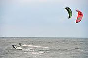 Nederland, Scheveningen, 16-9-2012Kitesurfers in de zee, noordzee op een dag met veel wind.Foto: Flip Franssen/Hollandse Hoogte