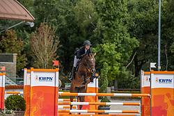 De Weert Renee, NED, Labantrix<br /> Nationaal Kampioenschap KWPN<br /> 4 jarigen springen final<br /> Stal Tops - Valkenswaard 2020<br /> © Hippo Foto - Dirk Caremans<br /> 19/08/2020