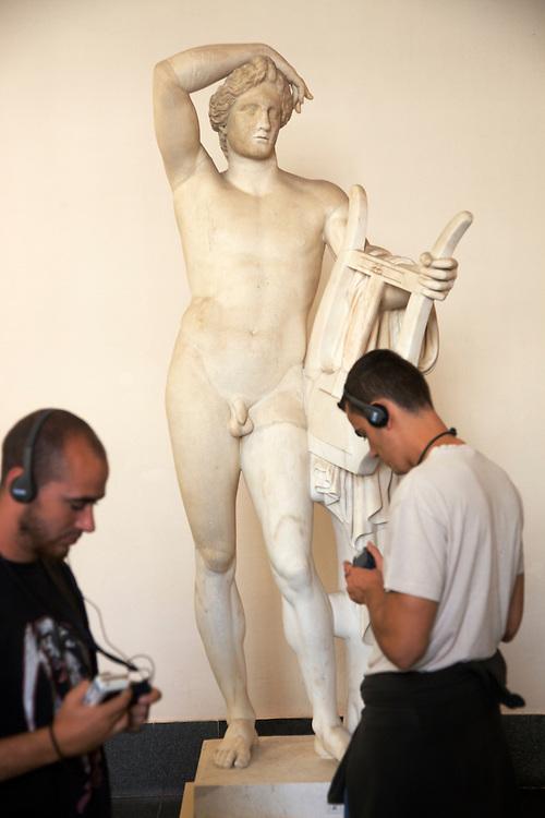 10/Septiembre/2009 Alemania. Berlín.Figura de Apolo en el Pergamonmuseum..©JOAN COSTA....