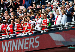 Arsenal manager Arsene Wenger lift the Cup after Arsenal win the match 2-0 to become FA Cup Winners - Rogan Thomson/JMP - 27/05/2017 - FOOTBALL - Wembley Stadium - London, England - Arsenal v Chelsea - FA Cup Final.