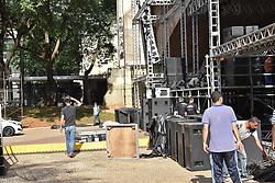 April 30, 2019 - SãO Paulo, Brazil - SÃO PAULO, SP - 30.04.2019: MONTAGEM DO PALCO DA FESTA DE 1 DE MAIO - Assembly of the Stage for the Labor Day party, (May 1) in the Anhangabaú Valley, in the center of São Paulo, this Tuesday (30) (Credit Image: © Roberto Casimiro/Fotoarena via ZUMA Press)