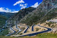 Road to Drak Yerpa Monastery, Dagze, Tibet (Xizang), China.
