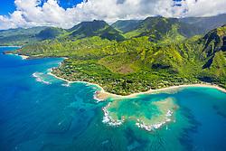 Haena Point, Tunnels Beach, and coral reef, North Shore, Kauai, Hawaii, USA, Pacific Ocean