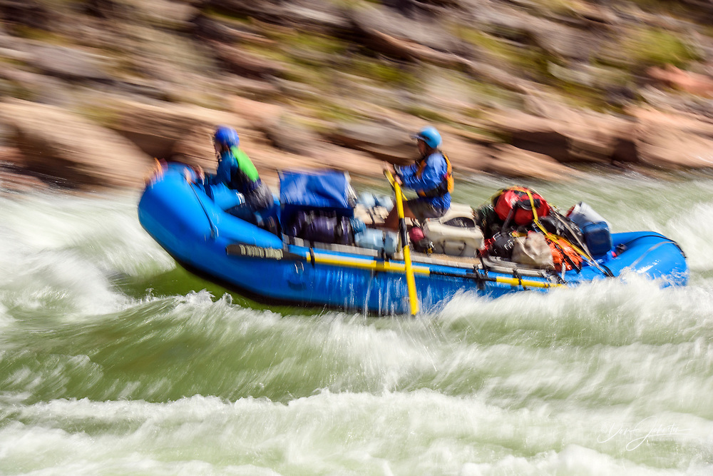 Rafting the Colorado River in the Grand Canyon through Hermit Rapids, Grand Canyon National Park, Arizona, USA