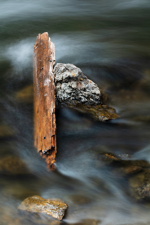 https://Duncan.co/flowing-water-versus-driftwood-and-stone
