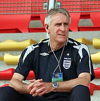Fotball<br /> UEFA U17 Championships<br /> 04.05.2007<br /> England<br /> Foto: Imago/Digitalsport<br /> NORWAY ONLY<br /> <br /> Nationaltrainer John Peacock (England U 17)