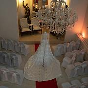 NLD/Nuland/20200128- Addy van den Krommenacker opent nieuw onderkomen, Huwelijkskapel in Villa Maasdonk met jurk van Addy van den Krommenacker