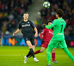 SALZBURG, AUSTRIA - Tuesday, December 10, 2019: FC Salzburg's Erling Braut Håland is thwarted by Liverpool's goalkeeper Alisson Becker during the final UEFA Champions League Group E match between FC Salzburg and Liverpool FC at the Red Bull Arena. (Pic by David Rawcliffe/Propaganda)