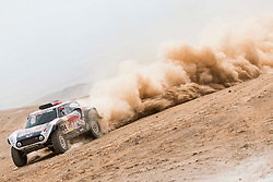 Stephane Peterhansel (FRA) of X-raid MINI JCW Team races during stage 04 of Rally Dakar 2019 from Arequipa to o Tacna, Peru on January 10, 2019 // Marcelo Maragni/Red Bull Content Pool // AP-1Y39E6EVW1W11 // Usage for editorial use only // Please go to www.redbullcontentpool.com for further information. //
