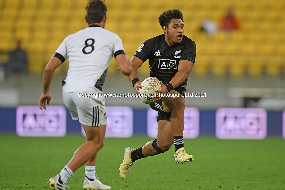 Fehi Fineanganofo looks to pass in the All Blacks Sevens match, Sky Stadium, Wellington, Sunday, April 11, 2021. Copyright photo: Kerry Marshall / www.photosport.nz