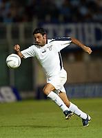 Fotball<br /> <br /> Oppkjøring til seriestart i Italia 2003/2004<br /> <br /> Stefano Fiore  - Lazio<br /> <br /> Foto: Digitalsport/Andrea Staccioli Graffiti<br /> <br /> NORWAY ONLY