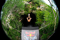 DIVING - RED BULL CLIFF DIVING 2010 - CENOTE IKIL/YUCATAN (MEX) - 06/06/2010 - PHOTO : VINCENT CURUTCHET / DPPI<br /> ORLANDO DUQUE (COL)