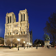 Notre Dame de Paris at night.