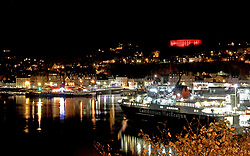 McCaig's Tower in Oban illuminated red in support of the Scottish Poppy Appeal.. .. (c) Stephen Lawson   Edinburgh Elite media