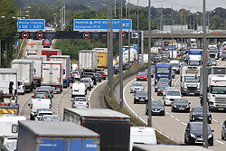 © Licensed to London News Pictures. 13/09/2021. London, UK. Traffic builds up on the M25 northbound after a protest group sat down on the motorway near Heathrow airport. Police have mostly cleared the motorway of protesters from the group Insulate Britain but traffic is still bad. Photo credit: Peter Macdiarmid/LNP