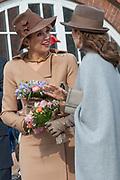 Staatsbezoek Denemarken - Dag 2. Bezoek van eiland Bezoek Samso<br /> <br /> State visit Denmark - Day 2. Visit to the island of Samso<br /> <br /> op de foto / On the photo:  Koningin Maxima en Prinses Mary /  Queen Maxima and Princess Mary