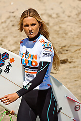 HUNTINGTON BEACH, California/USA (Saturday, July 31, 2010) - Alana Blanchard strolls on fronts of fans at the US Open of Surfing 2010 Junior Pro quarterfinals Heat 1